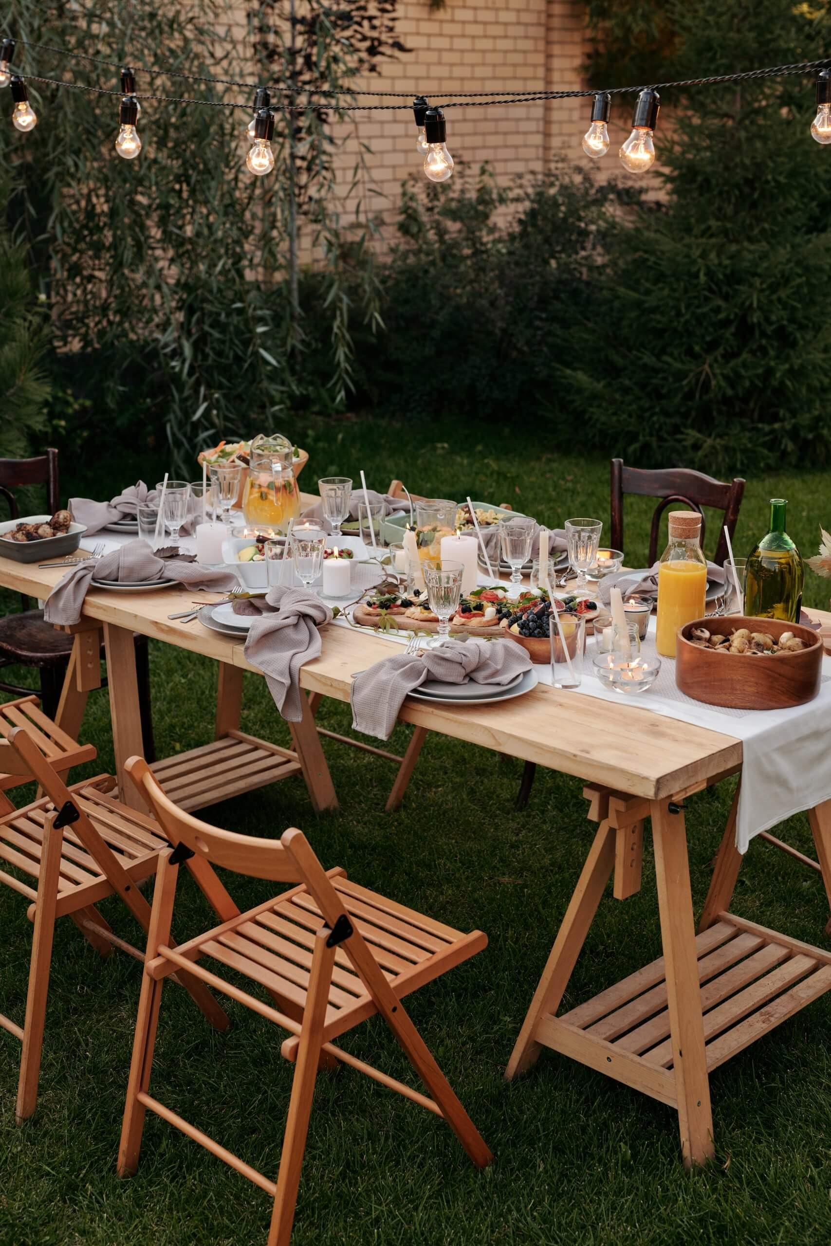 summer garden al fresco dining